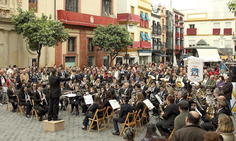 Ofreci el `Concierto de Marchas de Procesin de Semana Santa en Bonares ...